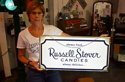 VINTAGE 42 YEAR OLD RUSSELL STOVER CANDY DISPLAY LIGHT UP SIGN MINT IN BOX RARE!
