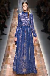 VALENTINO $24000 RUNWAY BLUE LACE EMBROIDERED GOWN WITH COLLAR IT 40