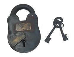 Winchester Firearms Factory 3quot; x 5quot; Cast Iron Lock amp; Keys With Antique Finish $39.99