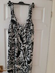 Lovely sundress from The collection Debenhams  size 16 $3.74
