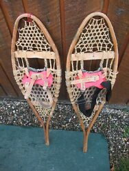 VINTAGE Snowshoes 34quot; Long x 10quot; GREAT For DECORATION $39.75