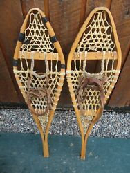 VINTAGE Snowshoes 33quot; Long x 10quot; Wide Has Leather Binding GREAT For DECORATION $49.23