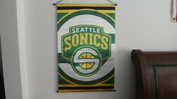 L@@K NBA SEATTLE SUPERSONICS POLY SATIN WALL SCROLL RARE 2005 BANNER OLD STOCK $25.00