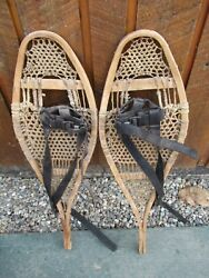 BEAUTIFUL VERY OLD VINTAGE Snowshoes 28quot; Long x 9quot; Wide with Bindings $79.49