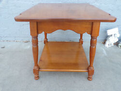 Solid Maple quot;Mapleluxquot; SPRAGUE amp; CARLETON Early American End Table Vintage 1960 $85.00