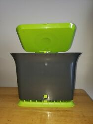 FULL CIRCLE Odor Free Kitchen Compost Collector $25.00