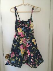 Abercrombie amp; Fitch Floral Dress Size S Excellent Condition $20.00
