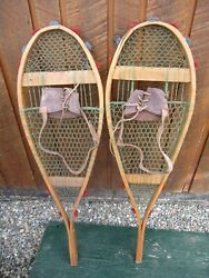 INTERESTING VINTAGE Snowshoes 38quot; Long x 11quot; with Bindings DECORATIVE $48.69