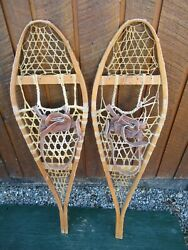 GREAT VINTAGE Snowshoes 42quot; Long x 12quot; TORPEDO with Leather Bindings DECORATION $49.94