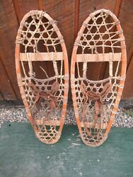 GREAT VINTAGE Snowshoes 29quot; Long x 10quot; Great For DECORATION with Leather Binding $49.83