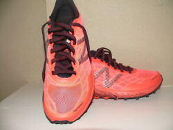 Womens New Balance Wtunknc Coral Black Hiking Shoes Size 8D 6745104 $32.88