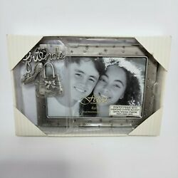 Fetco home decor friends picture frame w hanging charm accent 6x4 $19.90