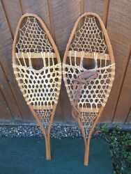 VINTAGE Snowshoes 40quot; Long x 12quot; Wide Have One Leather Binding DECORATION $49.44