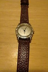 Vintage Optics ladies wrist watch new leather band running new battery NR F $8.00