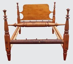 18TH CENTURY NEW ENGLAND TIGER MAPLE FEDERAL PERIOD FOUR POSTER ANTIQUE BED