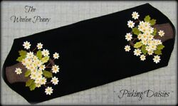 ~ Picking Daisies ~ Wool Applique Pattern Spring Flowers Penny Rug Candle Mat