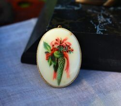 PENDANT resin beautiful bouquet of exotic flowers $3.99
