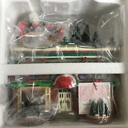 Dept 56 Snow Village® HERSHEY'S CHOCOLATE SHOP TOTAL OF 4 BRAND NEW IN THE CASE