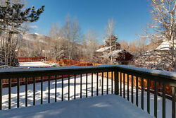 5 Nights: Sundance-Ready Rental with Hot Tub Home by RedAwning ~ RA88826