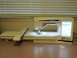 Husqvarna Viking Designer Diamond Royale Computerized Sewing Embroidery Machine