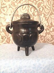 Cast Iron Cauldron Triple Moon New With SAND WICCA PAGAN Free Priority Shipping