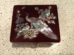 MOTHER OF PEARL INLAY PEACOCK FLORAL DESIGN LACQUER JEWELRY TRINKET BOX MIRROR