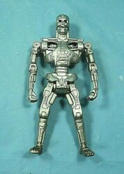 Kenner 1991 Terminator Techno Punch T-800 Action Figure.