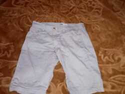 a pre owned white lined short for men $9.45