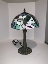 Tiffany Style Vintage Opaque amp; Translucen Stained Shade on Metal Base Lamp $54.99