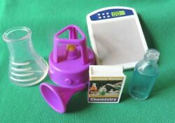DOLL CHEMISTRY PLAYSET ACCESSORY lot $9.99