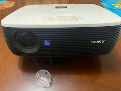 SONY DATA PROJECTOR VPL-EX3 Great used condition 37H lamp & remote $110.00