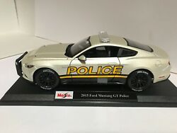 Maisto 2015 Ford Mustang GT Police Car Pearl White 1:18 Exclusive Style  #36203 $42.99