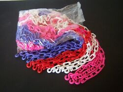 NECKLACE: CHAIN LINK PLASTIC: FUN FOR ALL AGES GREAT PARTY GIFT $3.00