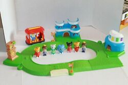 RARE DANIEL TIGER#x27;S NEIGHBORHOOD TRACK TROLLEY PLAYSET WITH SOUNDS 7 FIGURES HOT $78.00