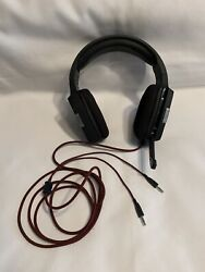 Viper Gaming Headset Headphones with Noise Cancelling Over Ear With Mic Nice $26.00