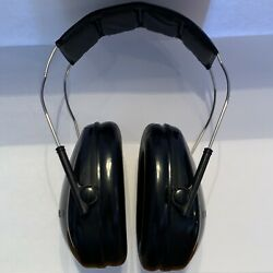 3M Peltor Earmuffs Safety Sport Jr Junior Earmuffs 22NRR Black Small $14.50