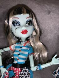 Monster High Doll Classroom Frankie Stein Home Ick Original With Extra Dress $40.00