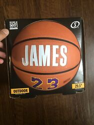 LEBRON JAMES SPALDING Outdoor Basketball 29.5quot; Full Size Lakers 23 $40.00