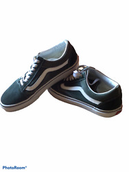 Vans Off The Wall women's size 7 men's 5.5 Dark Green .lace up. Classic $21.00