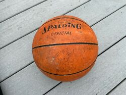 VINTAGE SPALDING OFFICIAL YOUTH BASKETBALL 1G2 Y $29.99