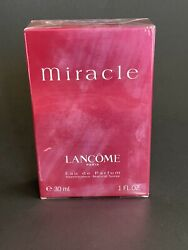 Miracle by Lancome 1.0 oz 30 ml Eau De Perfume Spray For Women New In Box $34.99