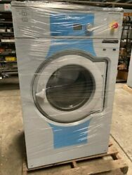 USED Electrolux 62lb commercial washer OPL non coin mfg in 2017