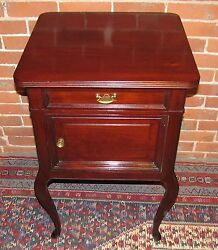VICTORIAN QUEEN ANNE STYLE MAHOGANY ANTIQUE NIGHTSTAND END TABLE $575.00