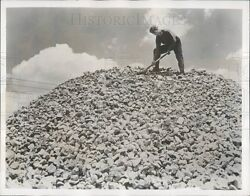 1950 Mineral Wool Production Press Photo
