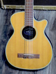 1980 APPLAUSE by Ovation KN12 Travel Guitar she's quite a rare model !