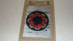 RING AROUND THE ROSES Wool Penny Rug Pattern Wooden Spool Designs 12x12