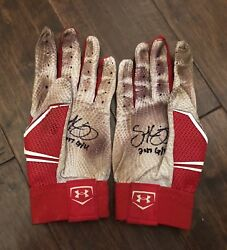 Scott Kingery GAME USED 2017 BATTING GLOVES game worn SIGNED auto PHILLIES