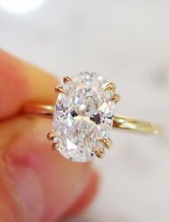3.00Ct Oval-Cut VVS1 Diamond Solitaire Engagement Ring 14k Yellow Gold