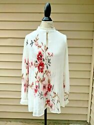 NEW $110 White House Black Market FLORAL Pleated Pearl BLOUSE White Ecru Pink $29.99