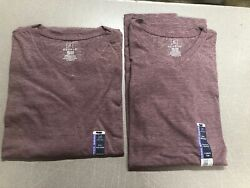 Lot of 2 George Men's V-Neck T-shirts HERTRS Size 2XL (29c)